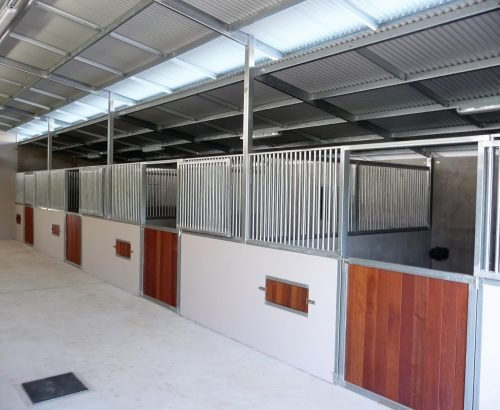 Custom Horse Stables - Signature Stables