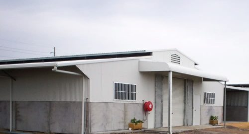Horse stable precast concrete and colorbond walls vent colorbond roof bullnose awning