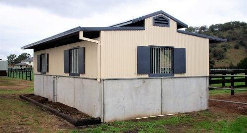 Horse stable precast concrete colorbond walls vent colorbond shutter