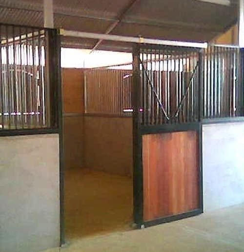 Steel and timber sliding door anti weave